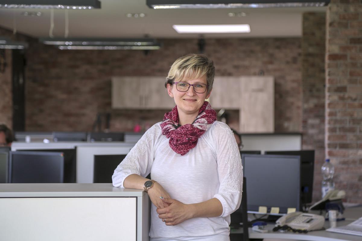 Frau Sandra Geißler